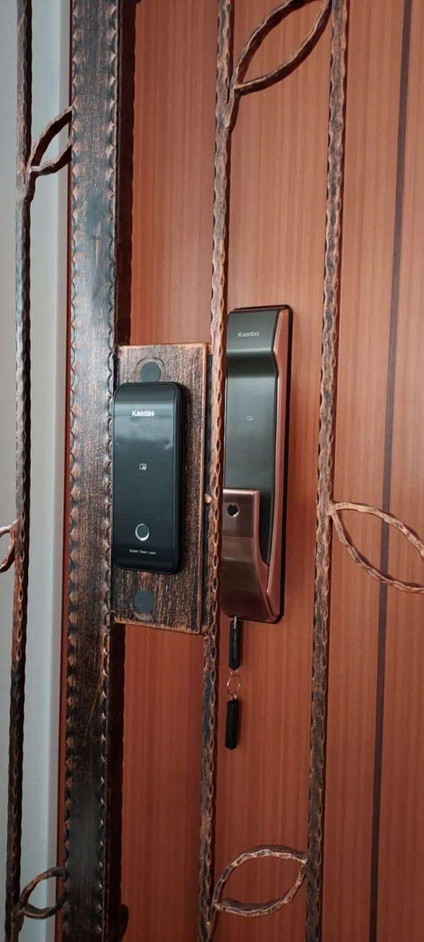 Kaadas-K9-digital-door-lock-and-R6G-gate-lock-bundle-installation